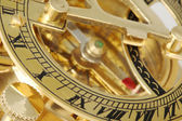 日時計とアンティーク コンパス. — ストック写真