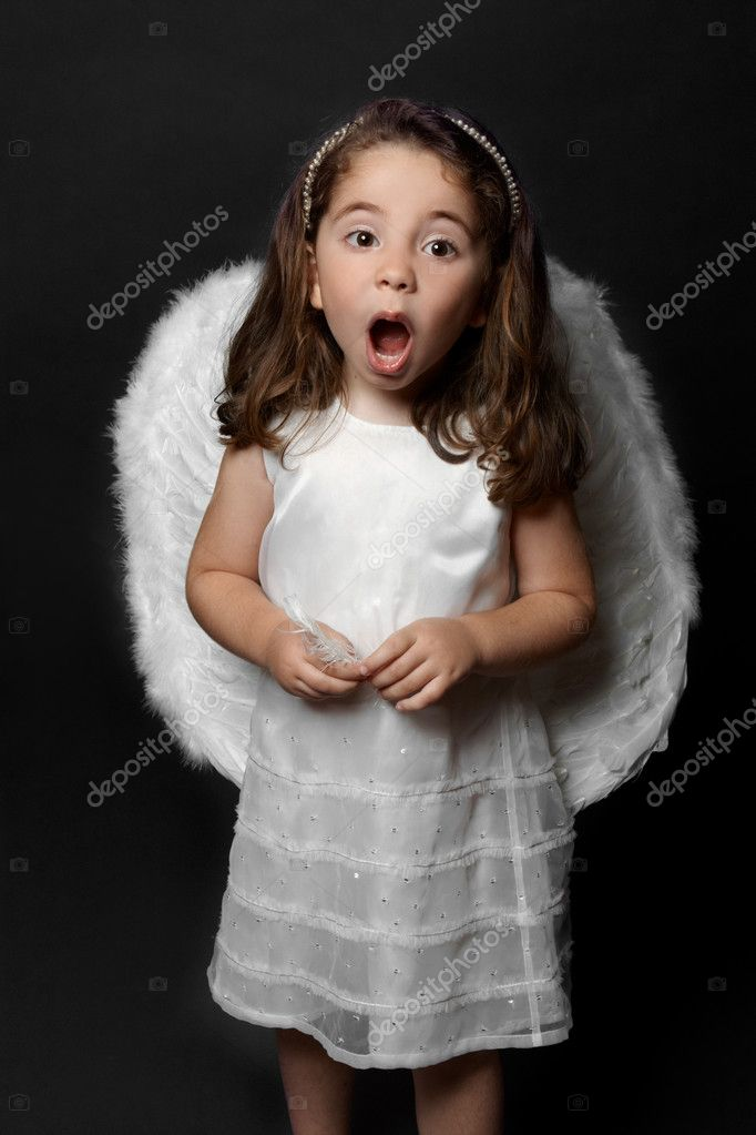 Holy angel singing carols, psalms or praising or worshipping. — Stock Photo #2807893