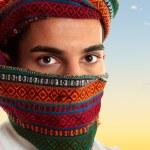 Arab man wearing keffiyeh — Stock Photo
