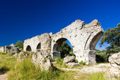 Roman aqueduct — Stock Photo
