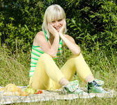 Woman at a picnic — Stock Photo