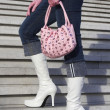 White boots with handbag — Stockfoto