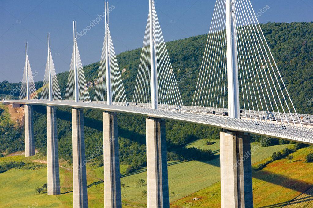 project management case study millau viaduct