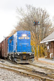 Train with motor locomotive, South Paris, Maine, USA — Stock Photo
