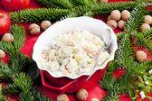 Vánoční bramborový salát — Stock fotografie