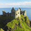 Ruins of Dunluce Castle - Foto Stock