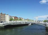 Dublin, Ireland, Ha'penny Bridge — Stock Photo