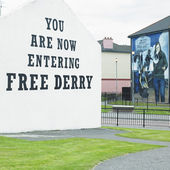 Mural painting, The Bogside, Derry - Londonderry, Northern Ireland — Stock Photo