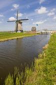 Yel değirmeni, Hollanda — Stok fotoğraf