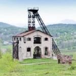 alten förderturm in der nähe von resavica, serbien — Stockfoto #4649637