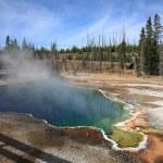 Yellowstone Park - West Thumb Geyser Ba — Stock Photo #2716645