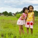 两个可爱的亚洲女孩 — 图库照片