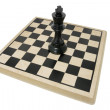 King Chess Piece on Chess Board — Stock Photo