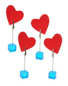 Titulares de clip con símbolos de corazón — Foto de Stock
