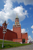 The Kremlin Spasskaya tower in Moscow — Stock Photo