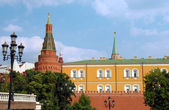 The Kremlin wall with Arsenal tower — Stock Photo