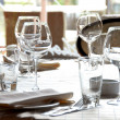 Stockfoto: Glasses served on table in restaurant
