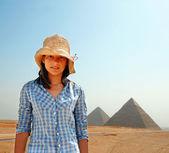 Genç kız turistik mısır — Stok fotoğraf