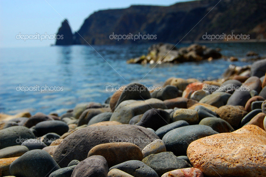 Sea stones on seacoast — Stock Photo #3041464