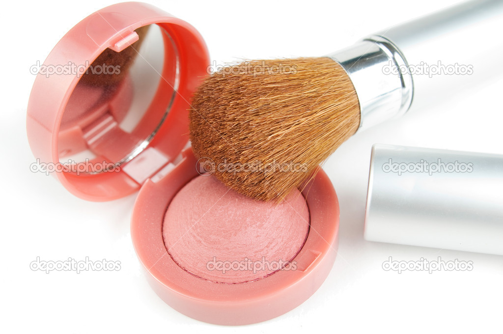 Blusher and make-up brush on white background — Stock Photo #2830618