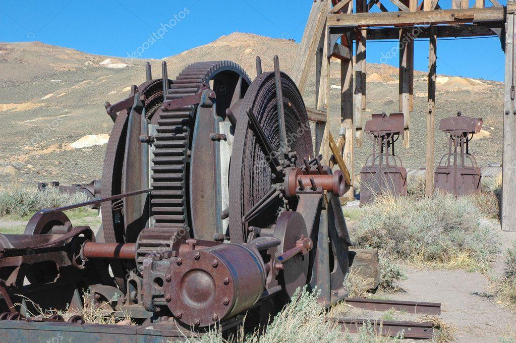 Old Mining equipment � Stock Photo � donfink #2773599