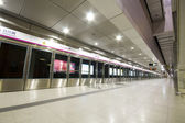 Large train station lobby in hong kong — Stock Photo