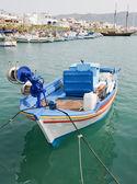 греческая рыбацкая лодка — Стоковое фото