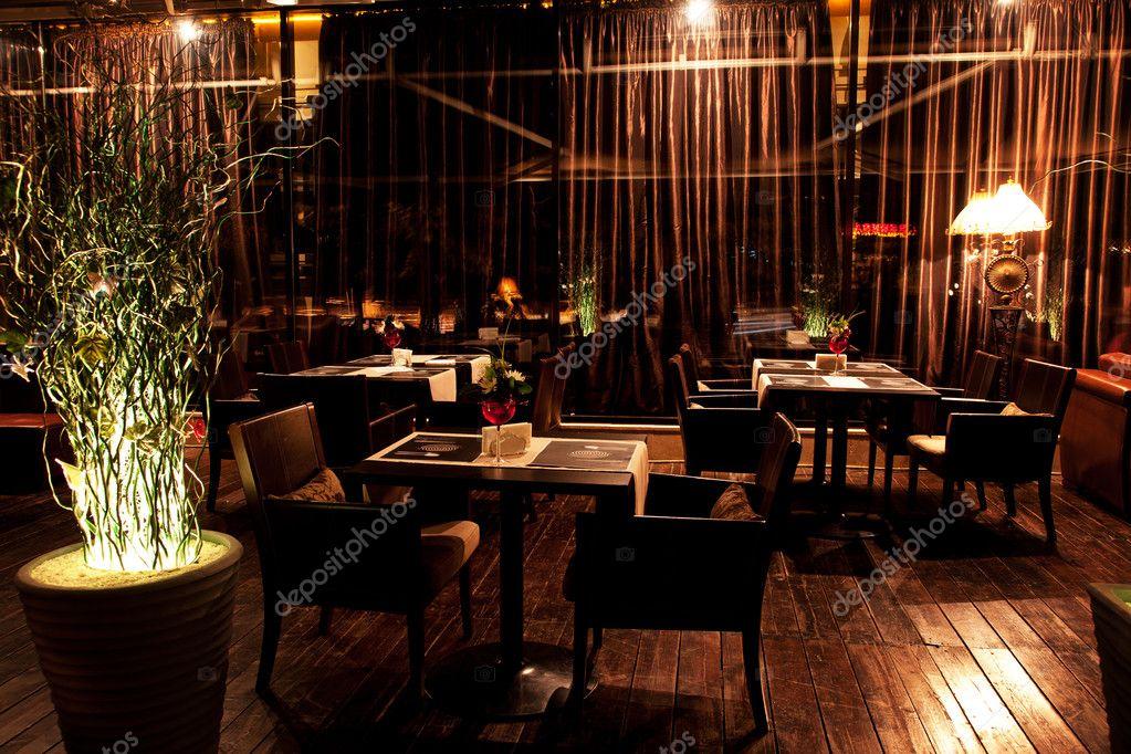 Interior night restaurant — stock photo petrichuk