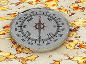 Kompas geïsoleerd op de kaart — Stockfoto