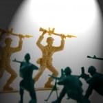 ������, ������: Surrender Under the Spotlight