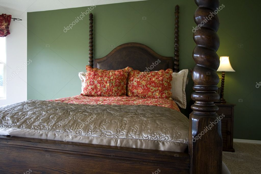 Close up in a Stylish Classic Bedroom — Stock Photo #2775888