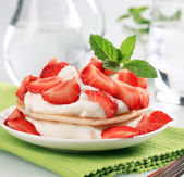 Pancakes with cheese and strawberries — Stock Photo