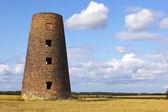 Starý větrný mlýn 2 — Stock fotografie