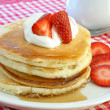 Pancakes with strawberries — Stock Photo