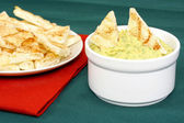 Hummus with tandoori naan — Stock Photo