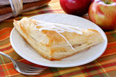 Apple turnover and apples — Stock Photo