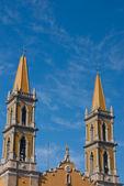 Torres de igreja — Fotografia Stock