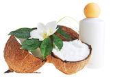 Kokosnoot en massage olie — Stockfoto