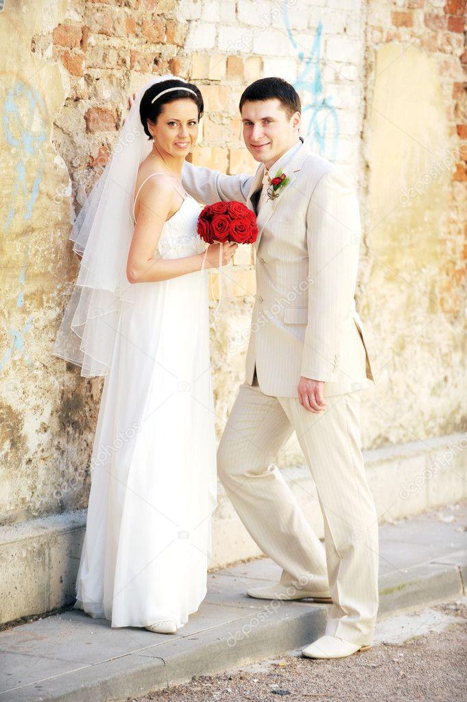 Бело-красные свадебные платья   Дом