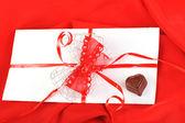 Chocolade en brief — Stockfoto