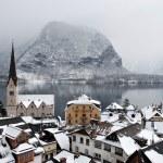 kleine stadt in den alpen — Stockfoto #2747536