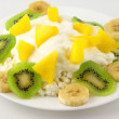 Cottage cheese with fruits — Stock Photo