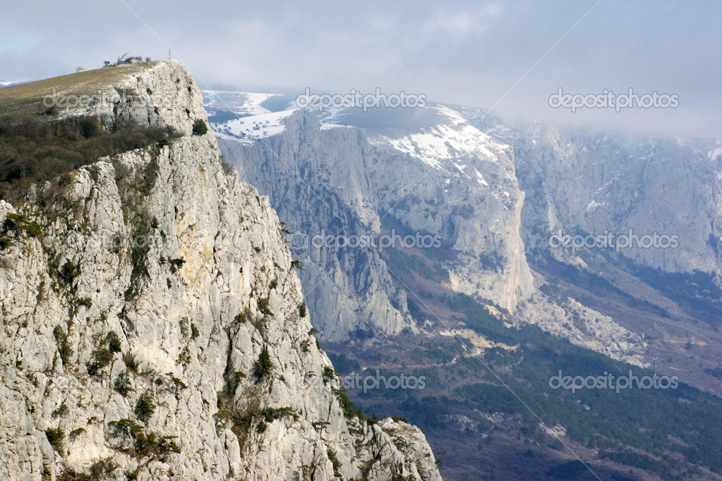 Mountain range and rock at foreground. — Stock Photo #2709337