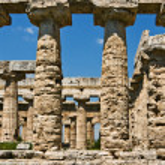 Temple Of Hera Colonnade, Paestum, Italy — Stock Photo