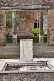 Eski evinin atrium — Stok fotoğraf