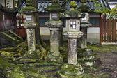 Lanternas no xintoísmo santuário kasuga — Foto Stock
