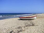 浜辺のボートします。 — ストック写真