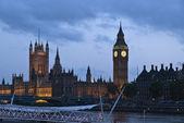 Věž big ben v londýně, velká británie — Stock fotografie