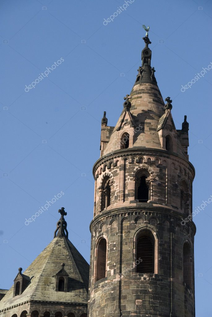 The famous dome of Worms, Germany. View of the tower — Stock Photo #3638511