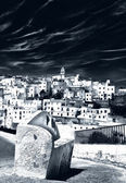 Surrealistischer View of an Andalusian mountain village — Stock Photo